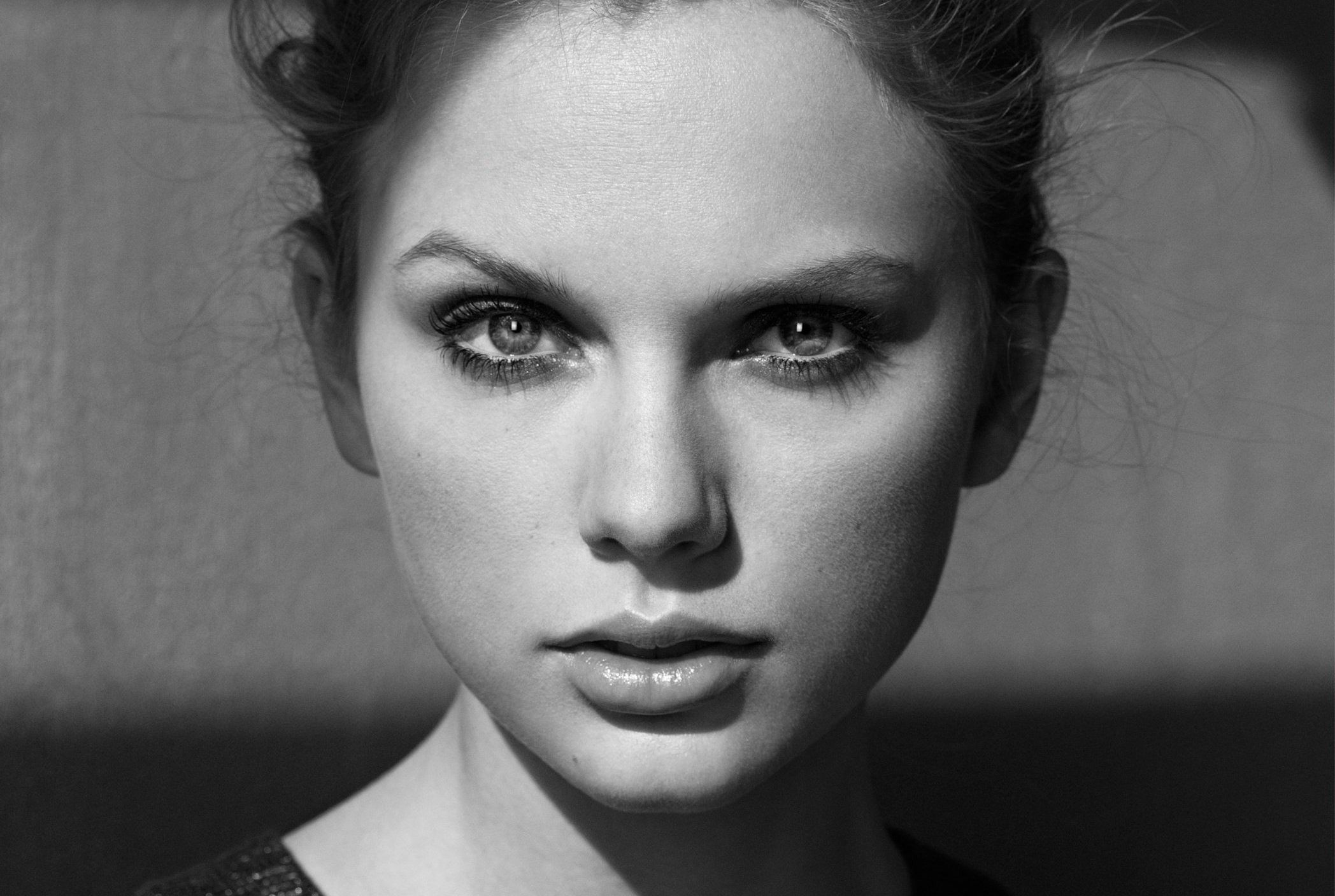 taylor-swift-faces-grayscale-2942422-2096x1408.jpg (2096×1408)