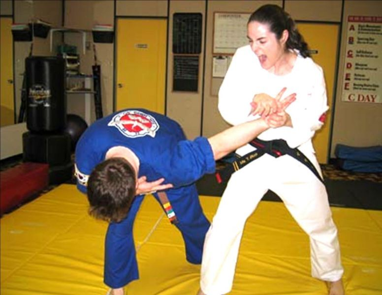 Women Karate Self-Defense Ballbusting - See the Best Non