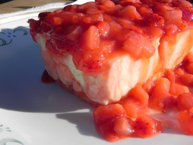 Vanilla Cheesecake for 2!-use w/Fresh Strawberry Sauce Recipe.
