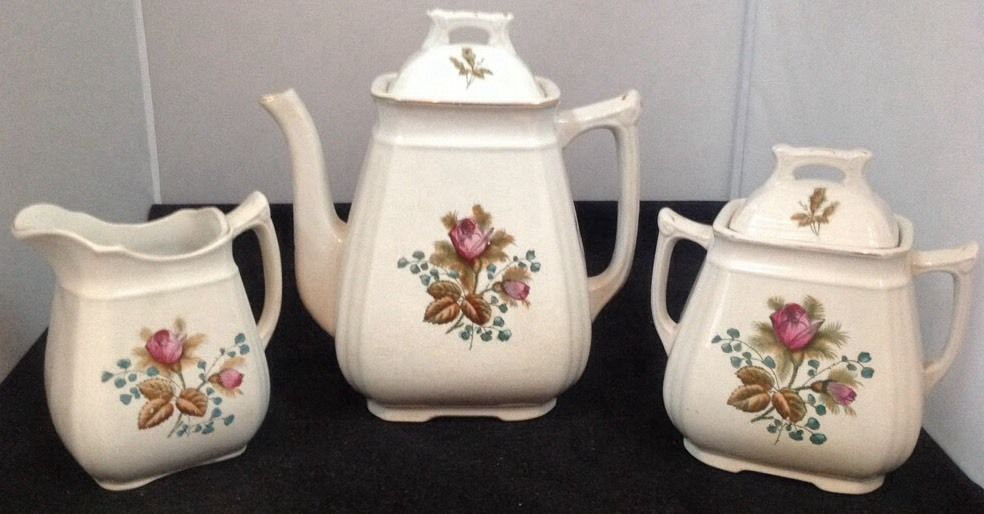 Alfred Meakin England Royal Ironstone Moss Rose Coffee