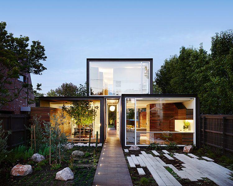 Maison conteneur de design moderne avec piscine hors sol et ...