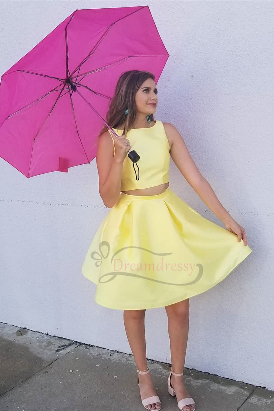 Cheap two piece short yellow homecoming dress under latest