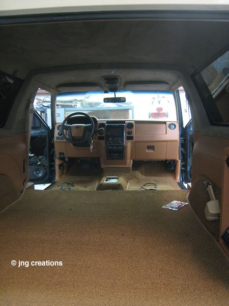 Rasheed Wallace S 95 Bronco Interior Is Complete Bronco Ford Bronco 1995 Ford Bronco