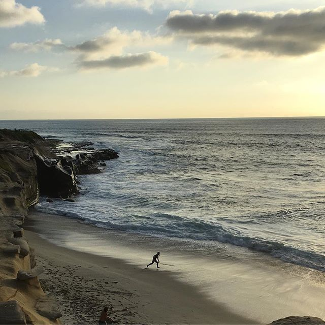 Perfect #sandiego at #sunset #lajolla #nofilter #lajollalocals #sandiegoconnection #sdlocals - posted by Kelly Melia-Teevan  https://www.instagram.com/kelly.m. See more post on La Jolla at http://LaJollaLocals.com