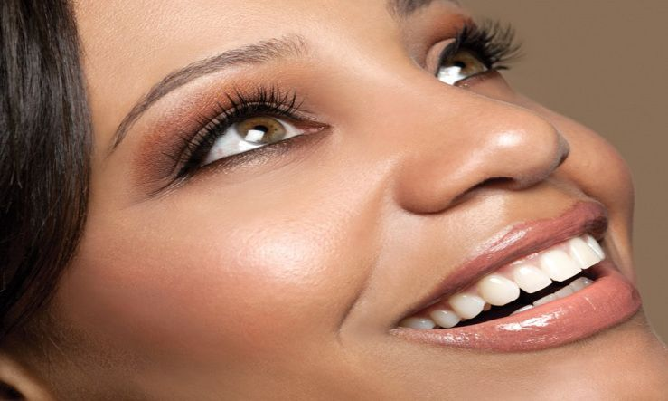 5 Tricks to Make Your Eyelashes Look Longer And Thicker ...