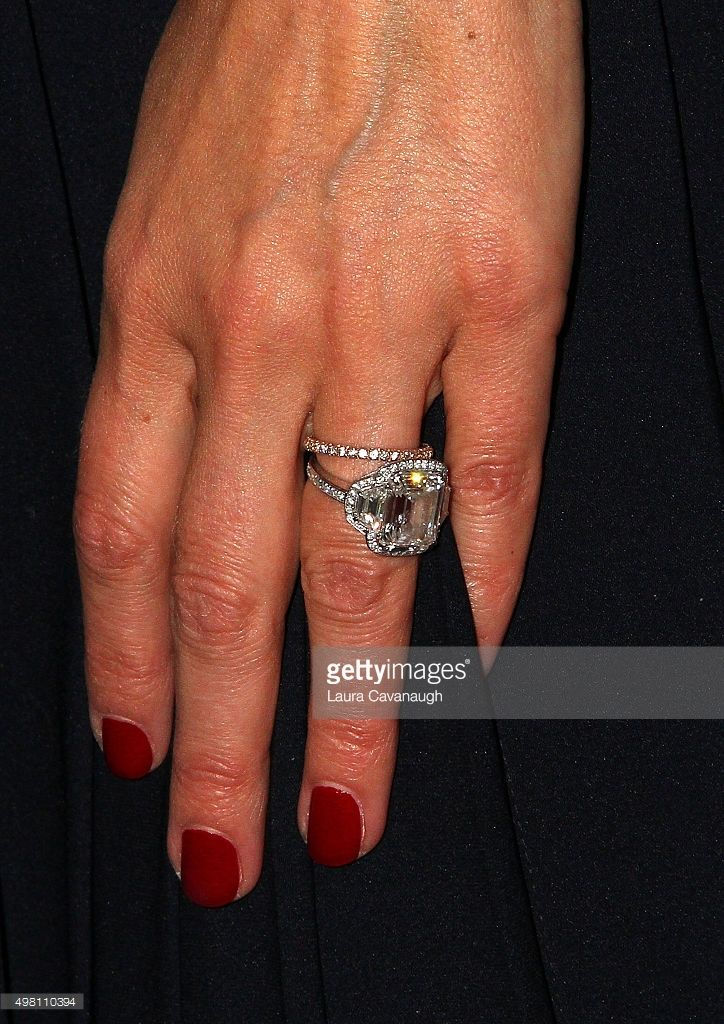 Beth Ostrosky Stern Ring Detail Attends The 2015 North Shore