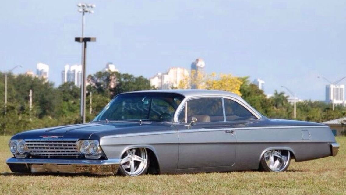 The 1961 Impala Bubbletop Wagon That Knocked Em Dead In Detroit In 2020 Station Wagon Cars 1961 Chevy Impala Chevy Impala