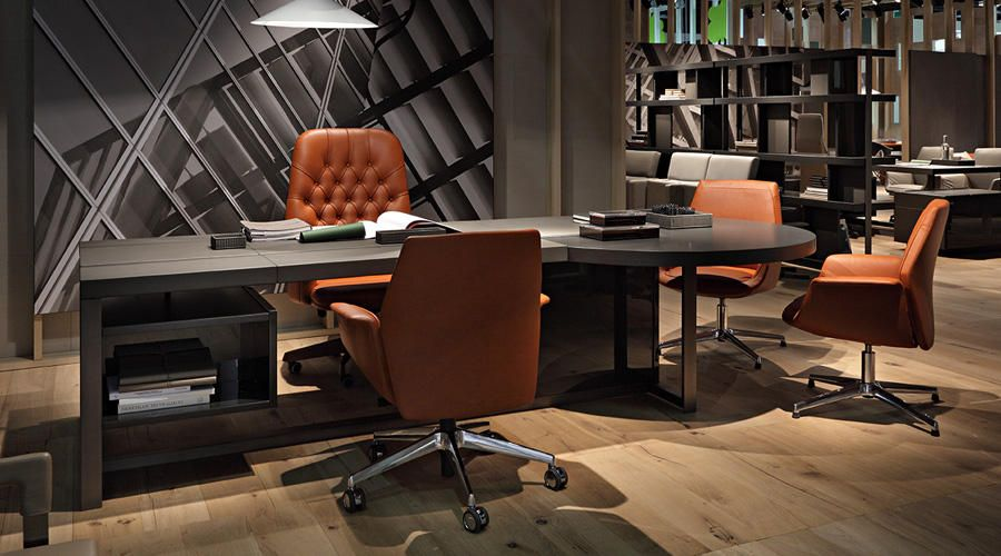 Poltrona Frau Jobs Office Desk With Oxford And Downtown Chairs