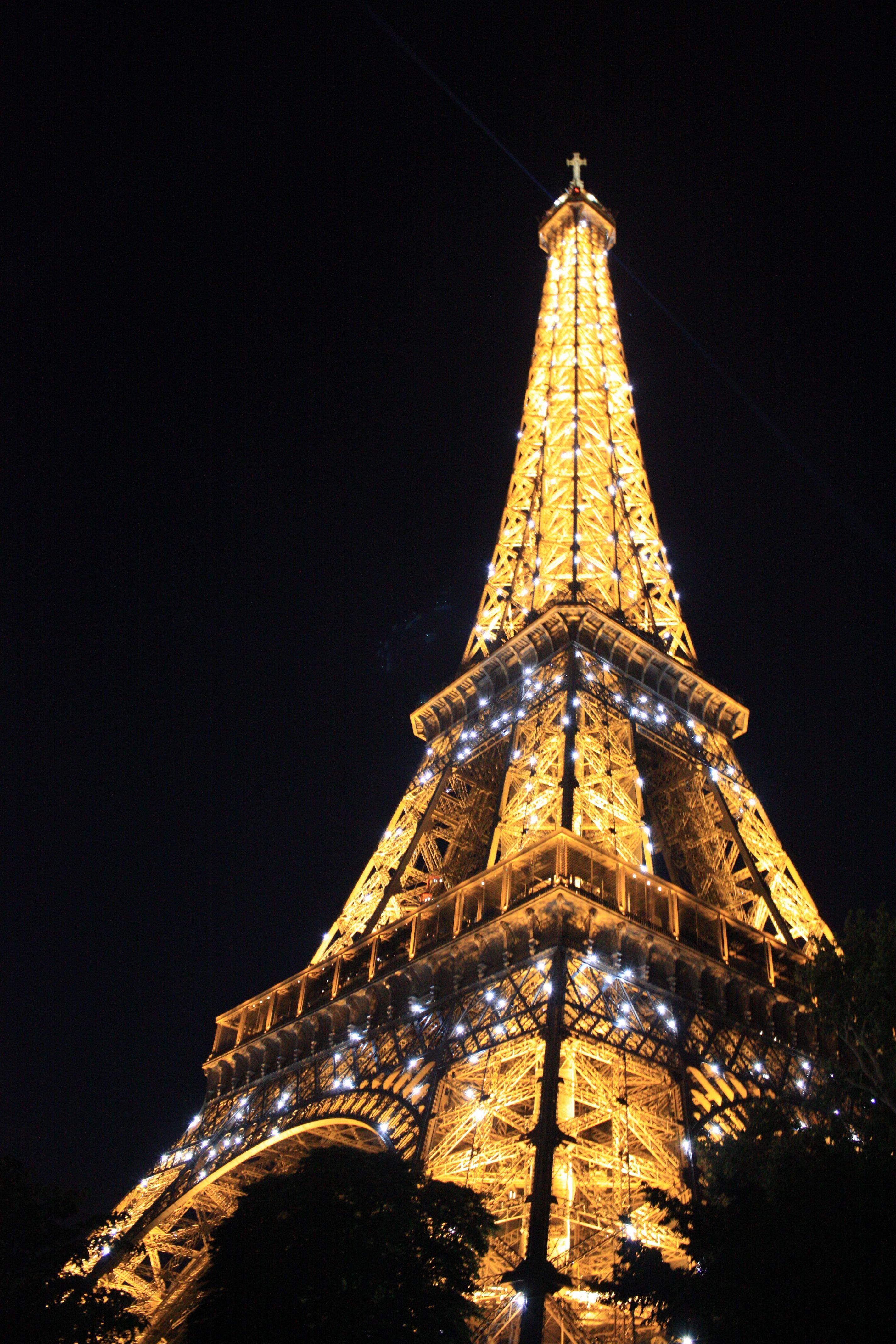 Tour Eiffel Eiffel Tower At Night Tour Eiffel Paris Eiffel Tower