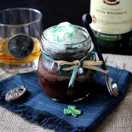 I ♥ Irish Whiskey cakes in little canning jars for St. Patrick's Day. ( next week) Once these delicious morsels finished baking, drizzled a gorgeous Irish Whiskey-Butter Sauce all over them. Then top with some Irish whipped cream.