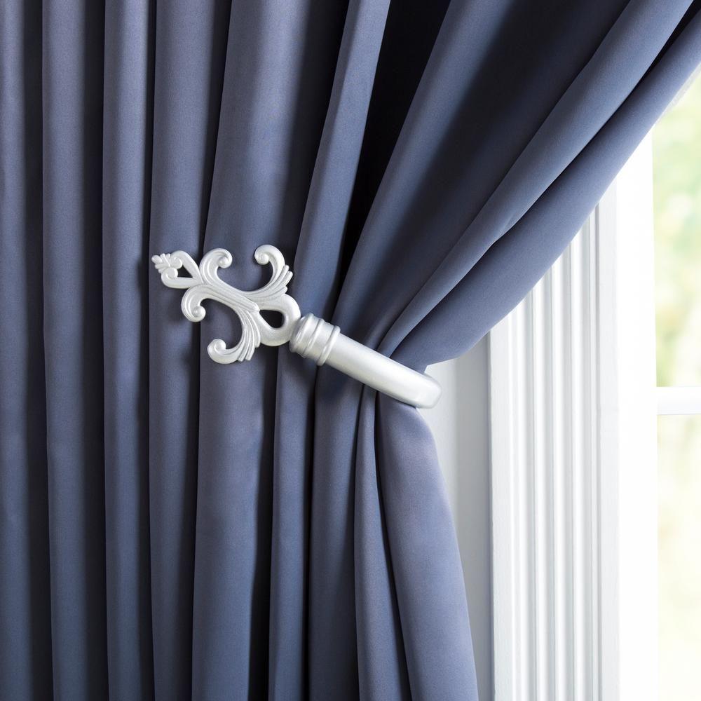 Lavish Home Fleur Holdback Pair In Silver 63 22119a S Curtains