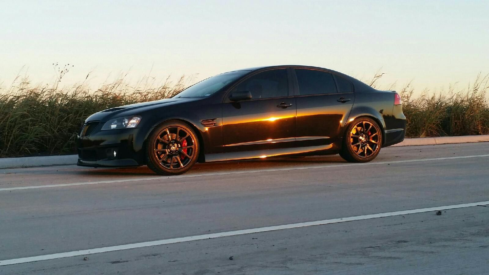 pontiac g8 with black chrome cts v wheels lowered on bc. Black Bedroom Furniture Sets. Home Design Ideas