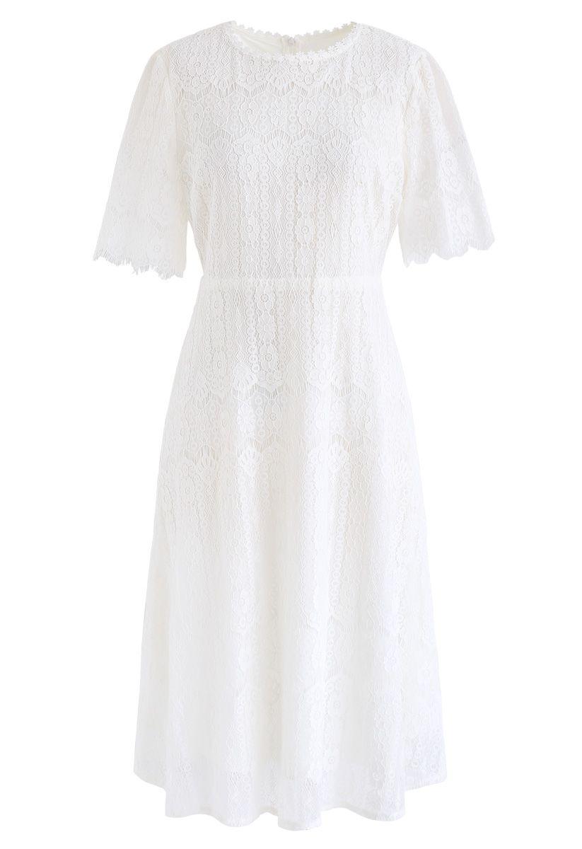 Dream Maker Lace Midi Dress In White Lace Midi Dress Simple White Dress White Lace Midi Dress [ 1200 x 823 Pixel ]