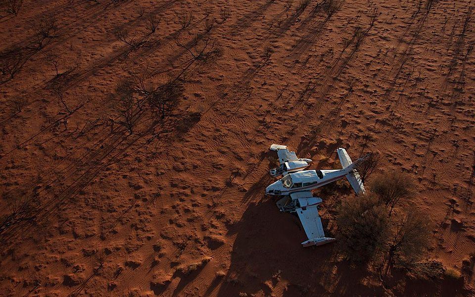 Registros fotográficos de aviões que realizaram pousos forçados. Clicks do fotógrafo Dietmar Eckell. #Photgraphy #Airplanes