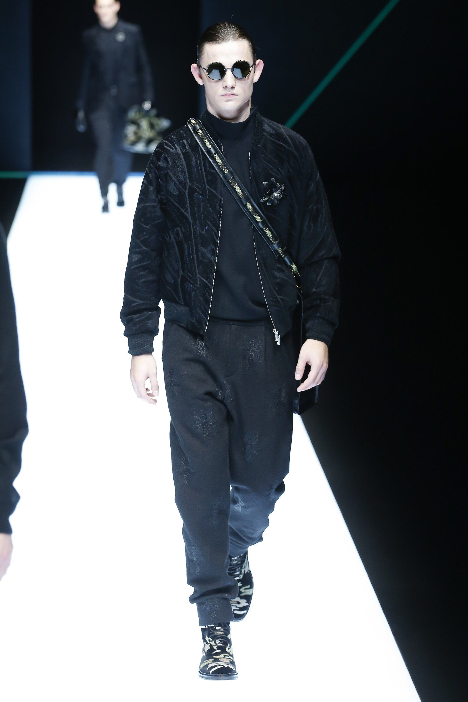 645c2eafa61 Emporio Armani Fall 2018 Menswear Fashion Show Collection  See the complete Emporio  Armani Fall 2018 Menswear collection. Look 13