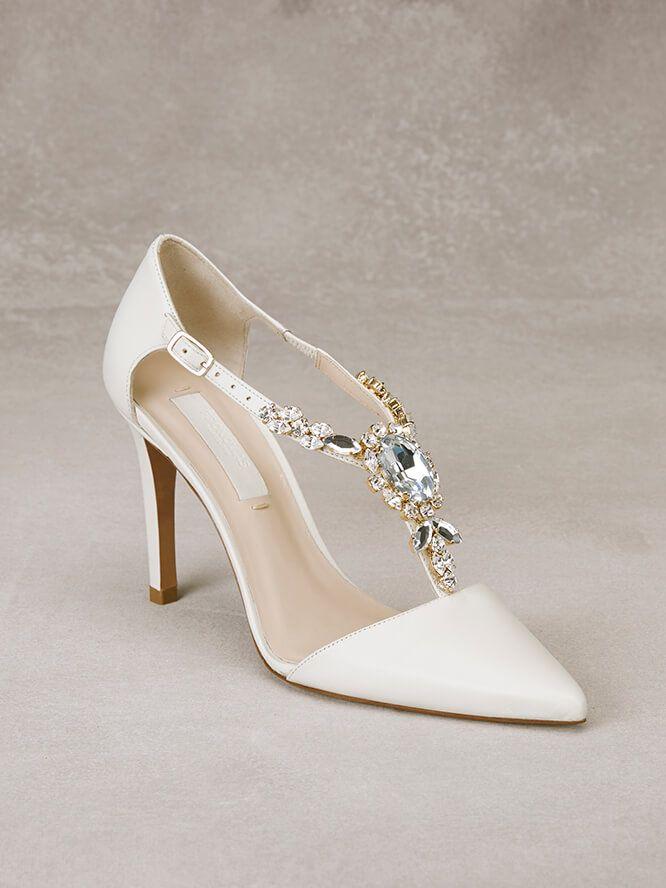 d85abf3eb62 ALDA - Sapato de noiva em pele com aplicação de pedraria | noiva ...