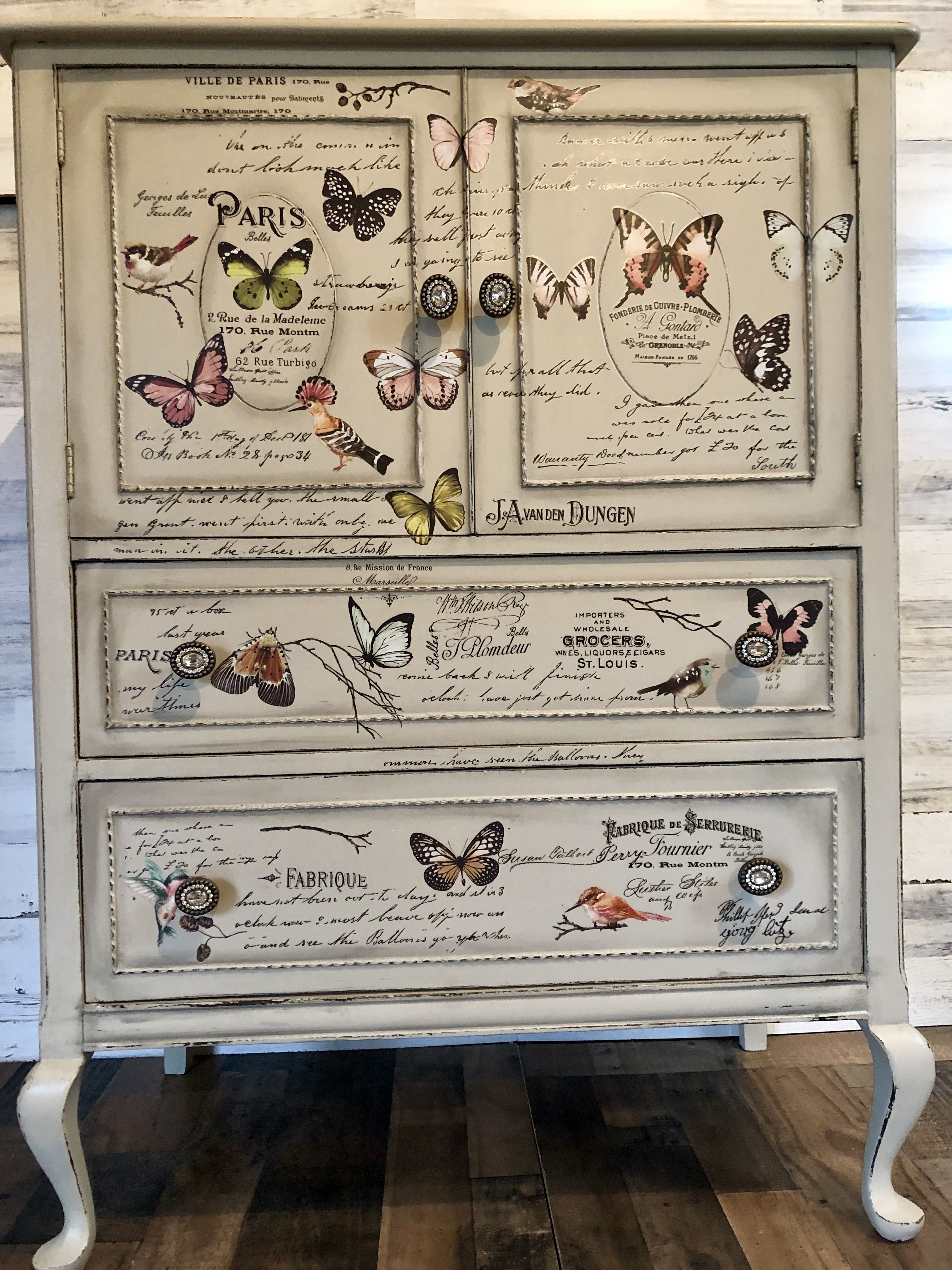 Redesign With Prima Transfer Parisian Butterflies Mixed Vintagebutterflies Redesignwit Painting Furniture Diy French Painted Furniture Nature Inspired Decor