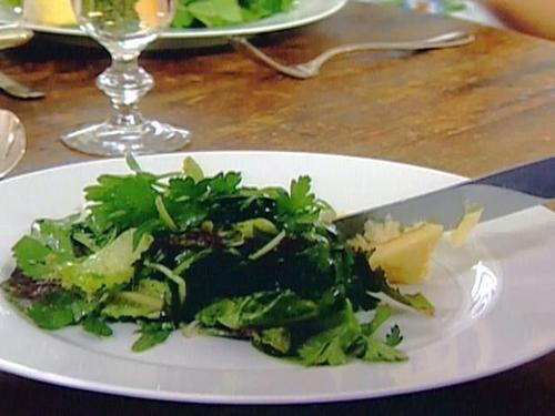 green salad with mustard vinaigrette (soup lunch) - ina garten