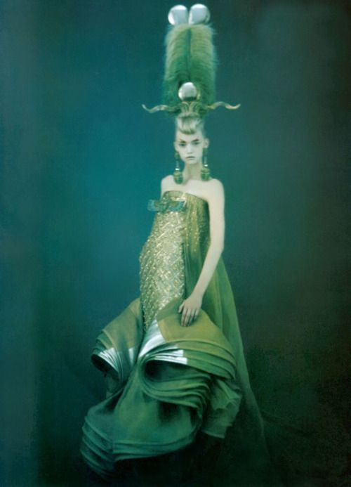 'Just Enchanting', Gemma Ward by Paolo Roversi, Vogue Italia March 2004. Christian Dior Spring Summer 2004 Haute Couture