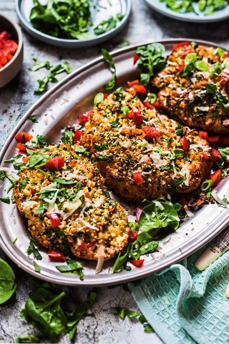 Blumenkohlsteaks mit feuriger Käsekruste -schmeckt genauso würzig wie ein richtiges Steak! #veggie #searedsalmonrecipes