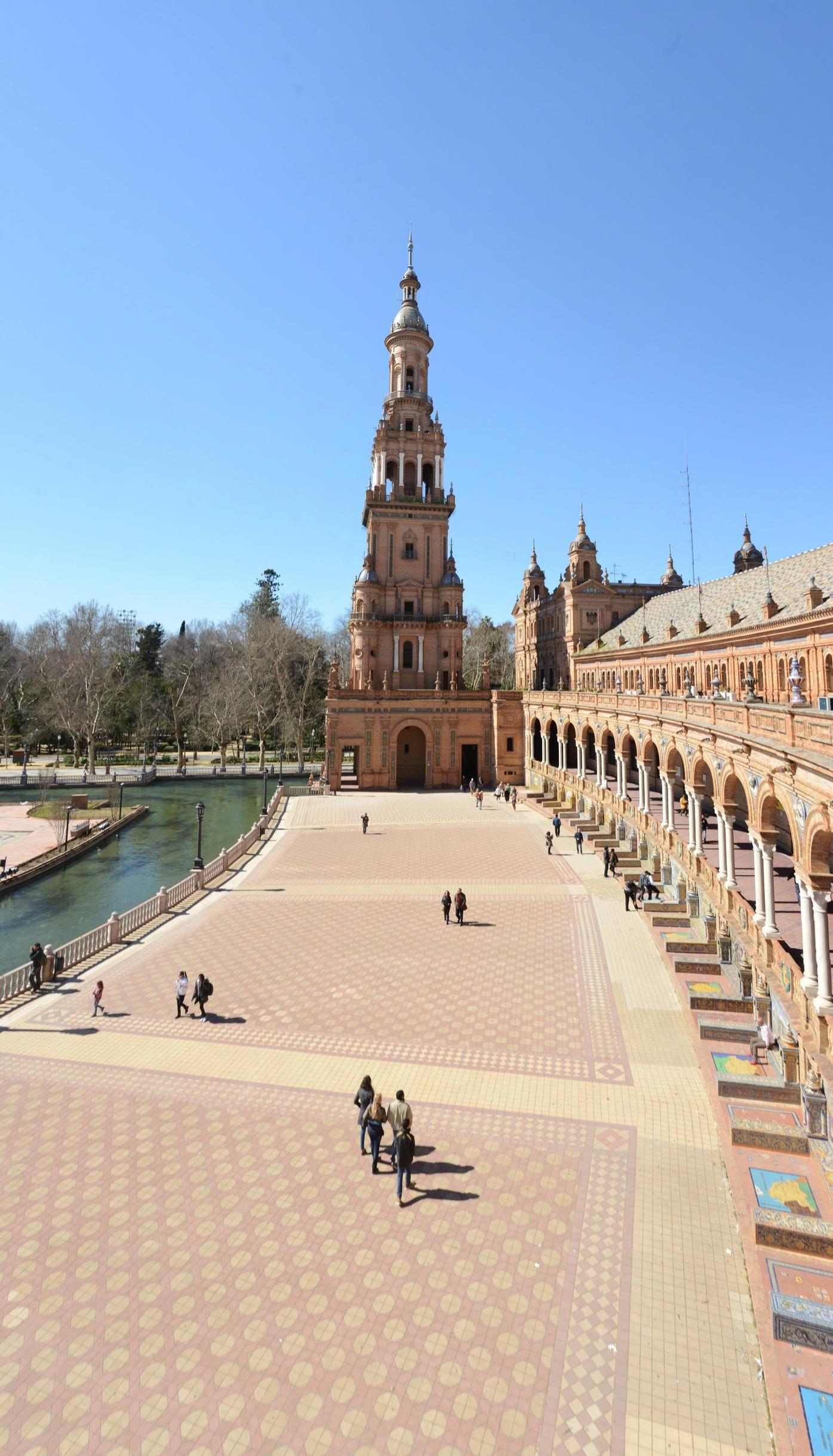 Plaza de España, #Sevilla, Spain                                                                                                                                                      Más