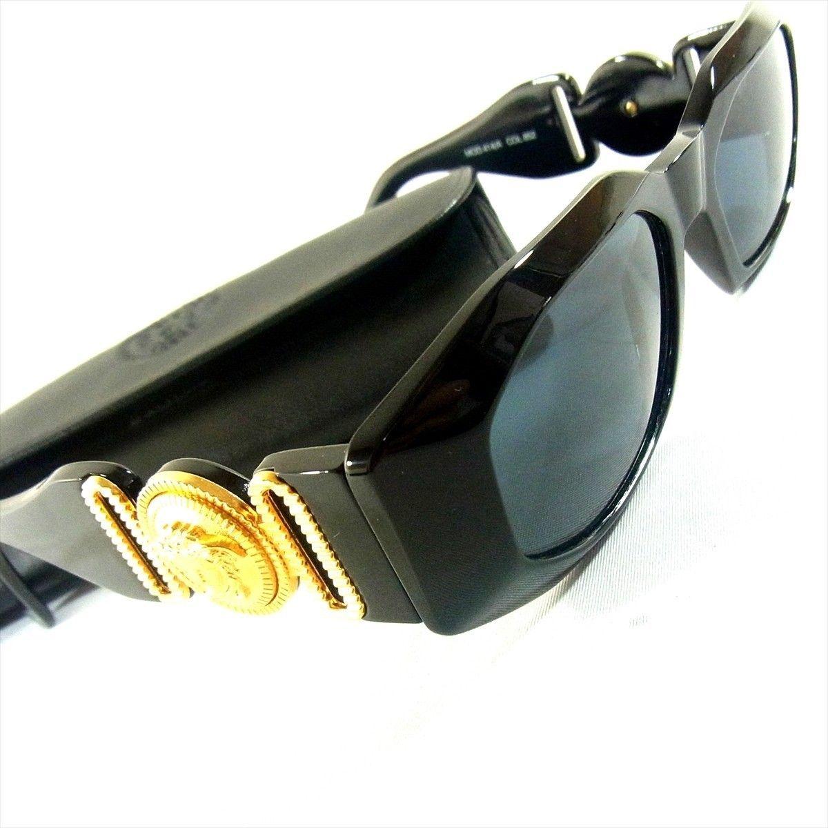 7cb32a3fa2e7 Gianni Versace Women s Sunglasses (Pre-owned Ladies Gold Medusa Head Logos  Sun Glasses Eye Wear