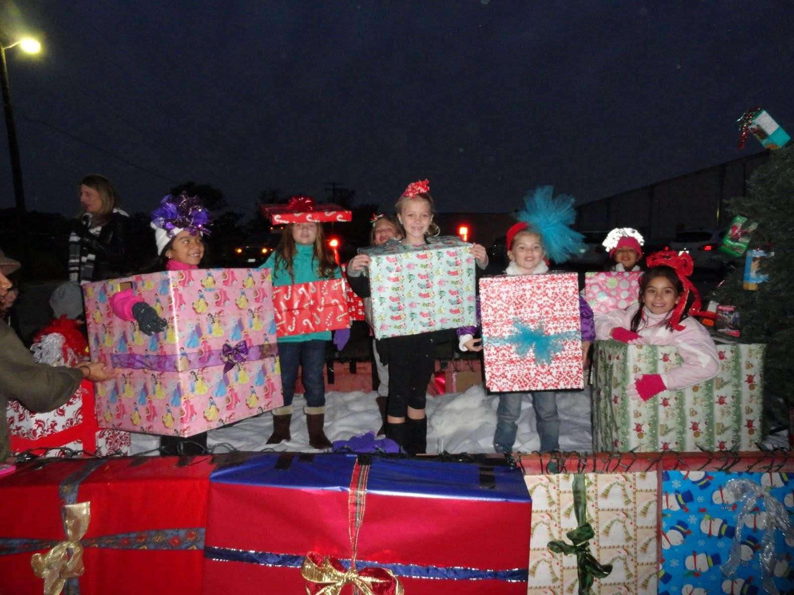 christmas parade float ideas - Google Search | Float | Pinterest ...