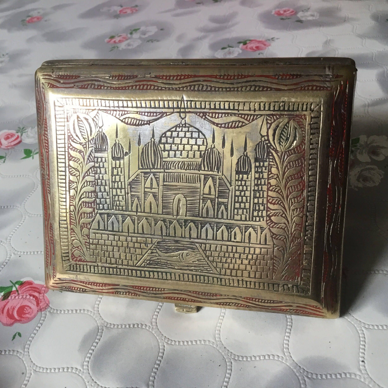 Vintage cigarette case hand engraved cigarette case Taj Mahal