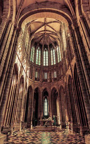 Abbaye Du Mont Saint Michel In 2019 France Sacred Architecture