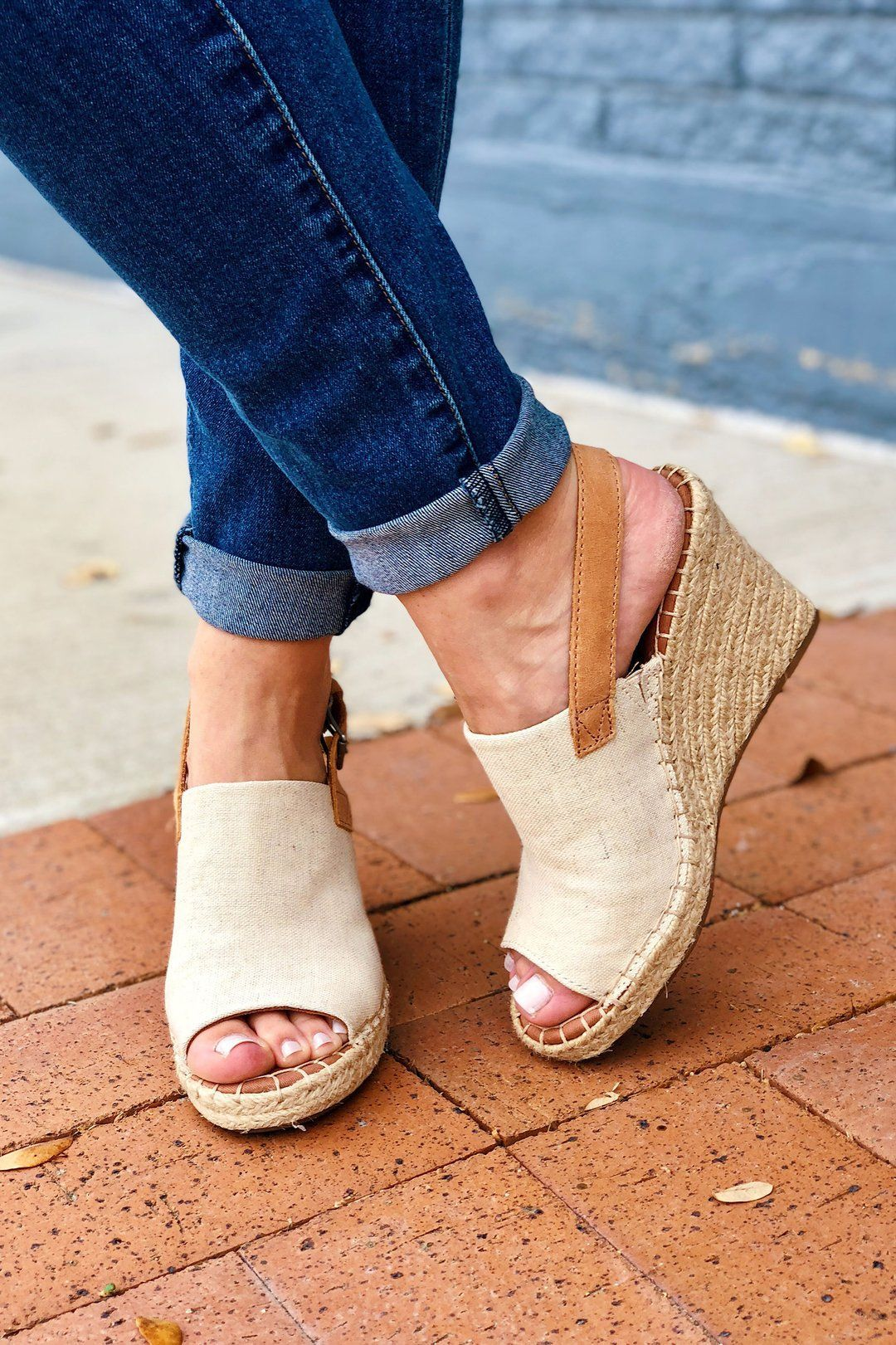 TOMS Natural Oxford Monica Wedges