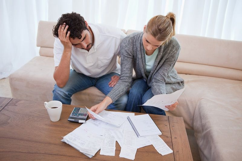 21 Signs You Need Help Managing Your Money Debt