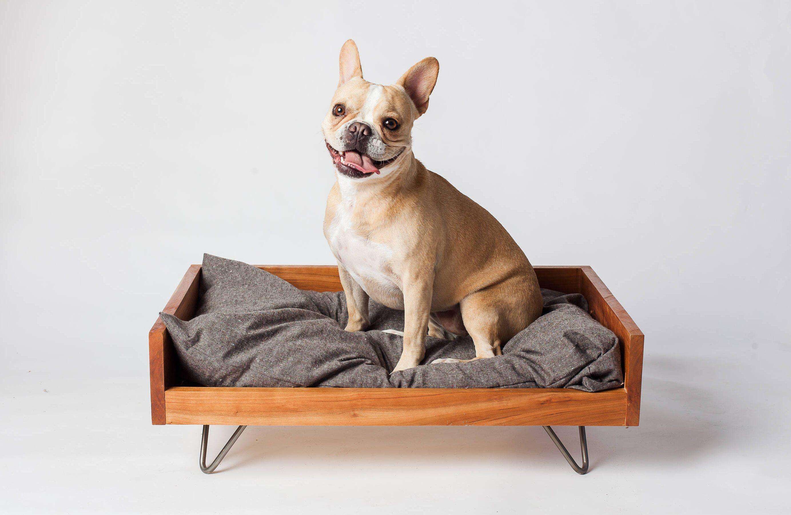 Custom Dog Furniture Raised Dog Bed Washable Dog Bed