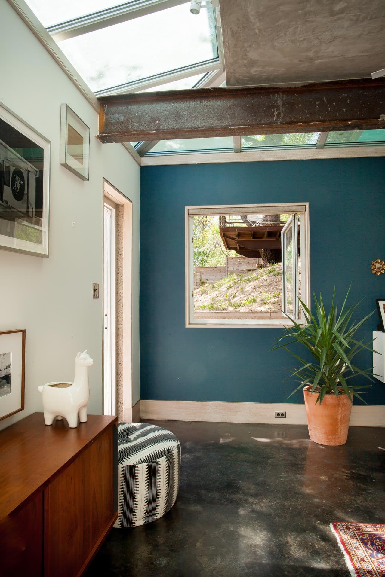 Kayla & Amir\'s Mid-Century-Meets-Marfa Home in Austin | Mid century ...