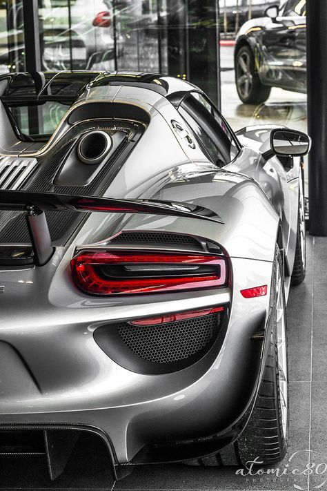 Porsche 918 Spider The Top Mounted Exhaust Is Amazing Especially