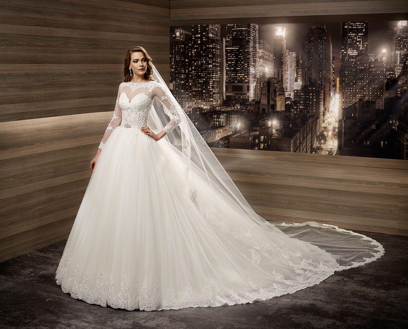 Emerald wedding dress  Wedding Dress Romance ROAB   ROMANCE  Pinterest  Romance