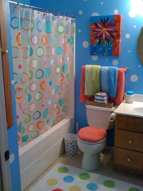 Bathroom Wall Decorating Ideas Polka Dot Bathroom Ideas For Teens Kids Bathroom Themes Kid Bathroom Decor Kids Bathroom Sets