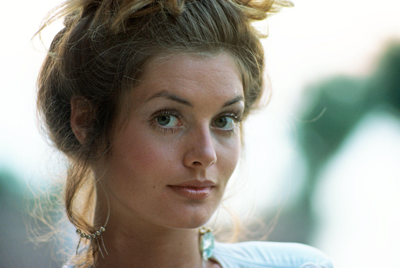 Black-Eyed Susan (actress)