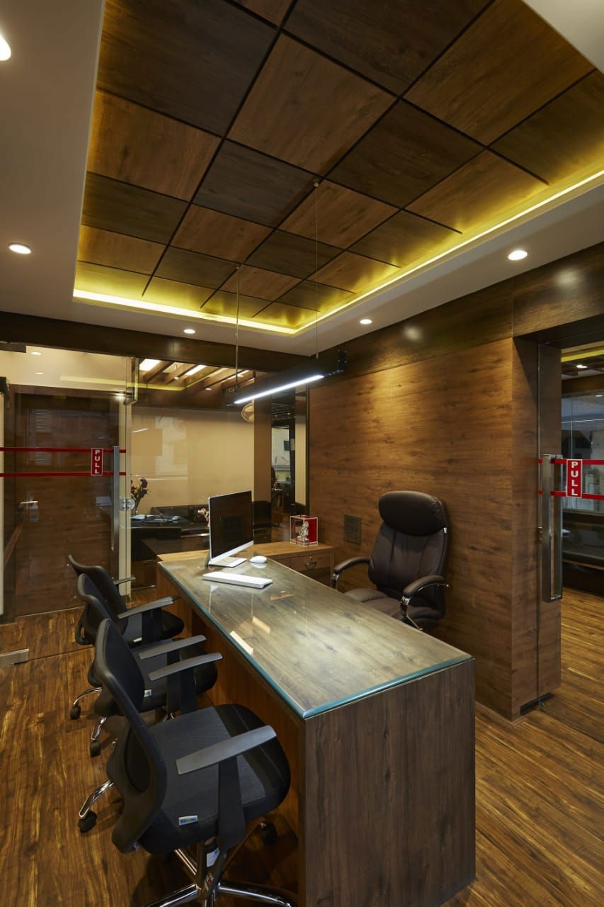 Pin By Jaswinder Singh On Store Design Small Office Design Interior Office Cabin Design Cabin Design