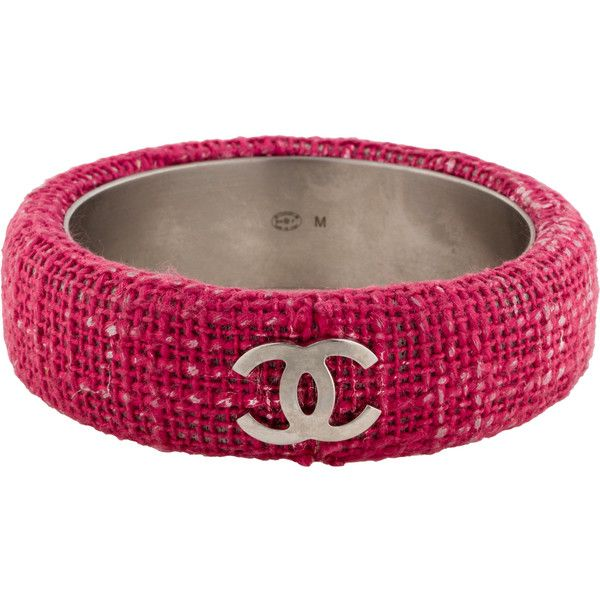 Pre-owned Chanel Tweed CC Bangle ($795) ❤ liked on Polyvore featuring jewelry, bracelets, hinged bracelet, bangle bracelet, chanel jewellery, bracelets bangle and pre owned jewelry