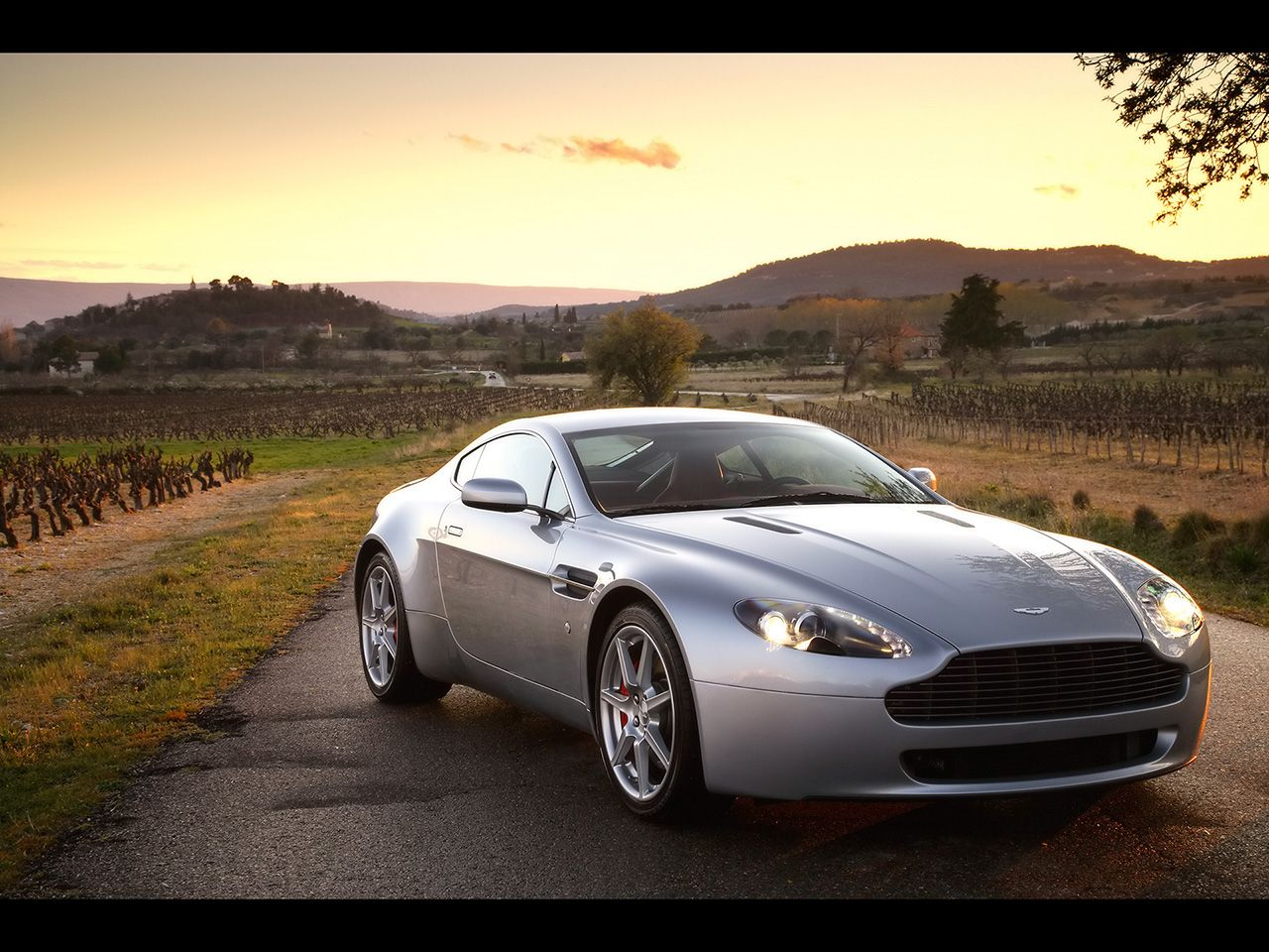 Aston Marin VantageClass Motor Car Digest Images - Aston martin marin