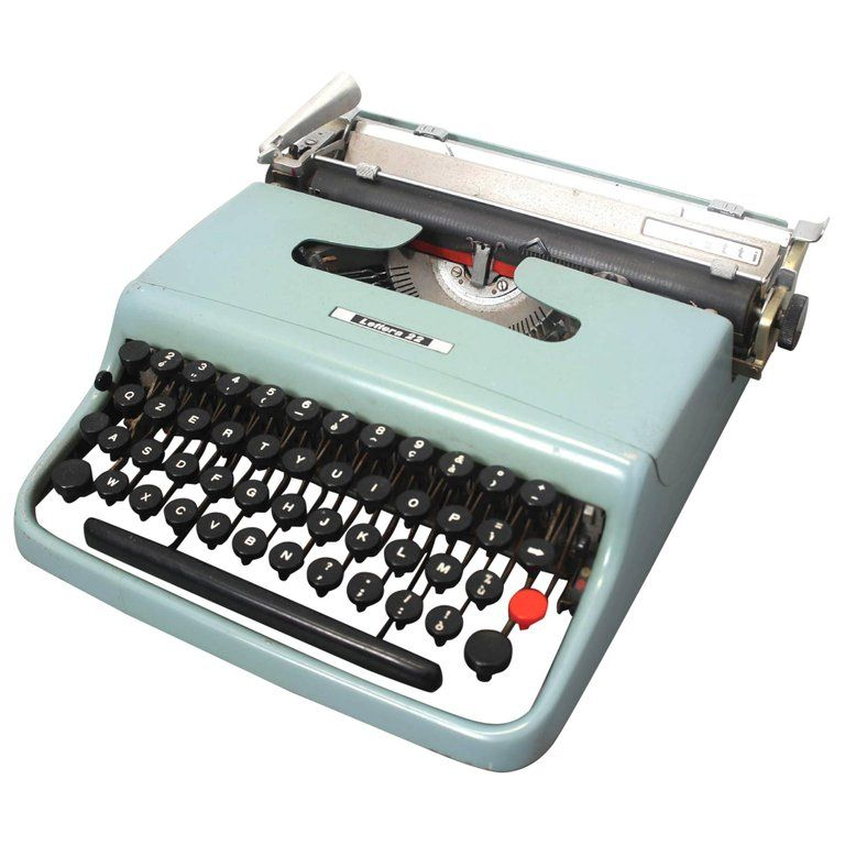 Lettera 22 Typewriter By Marcello Nizzoli For Olivetti 1950 Typewriter Writing Machine History Design