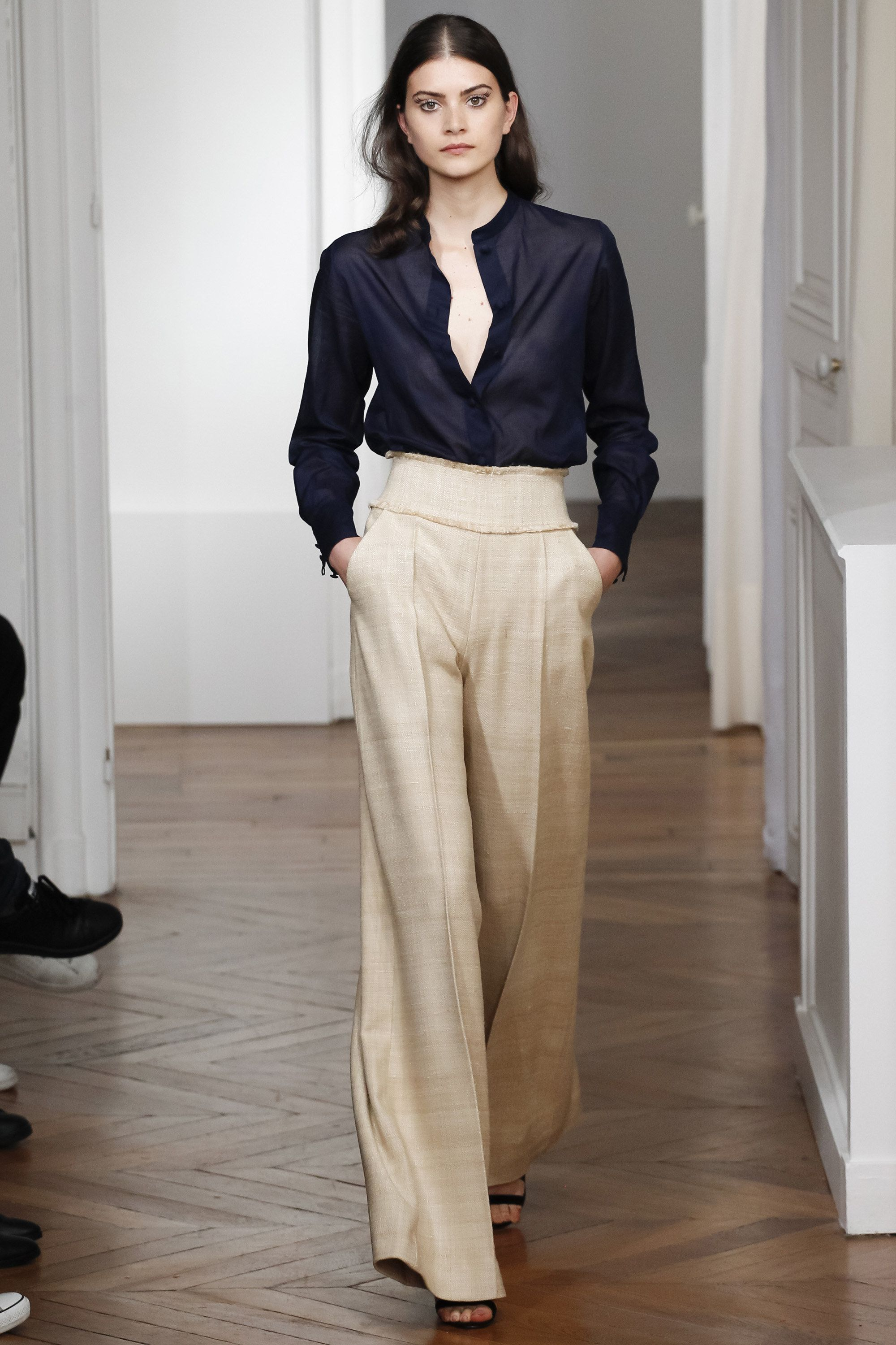 Martin Grant Spring 2016 Ready-to-Wear Fashion Show. Wide PantsWide Legged  ...