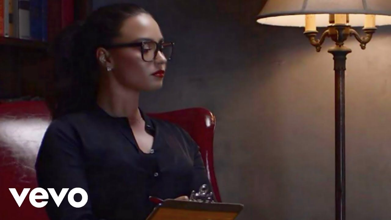 Demi Lovato Daddy Issues Official Video My Women Crush Demi