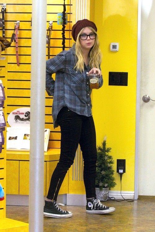 Ashley Benson Fashion Style. Ashley Benson Fashion Style   Ashley Benson style   Pinterest