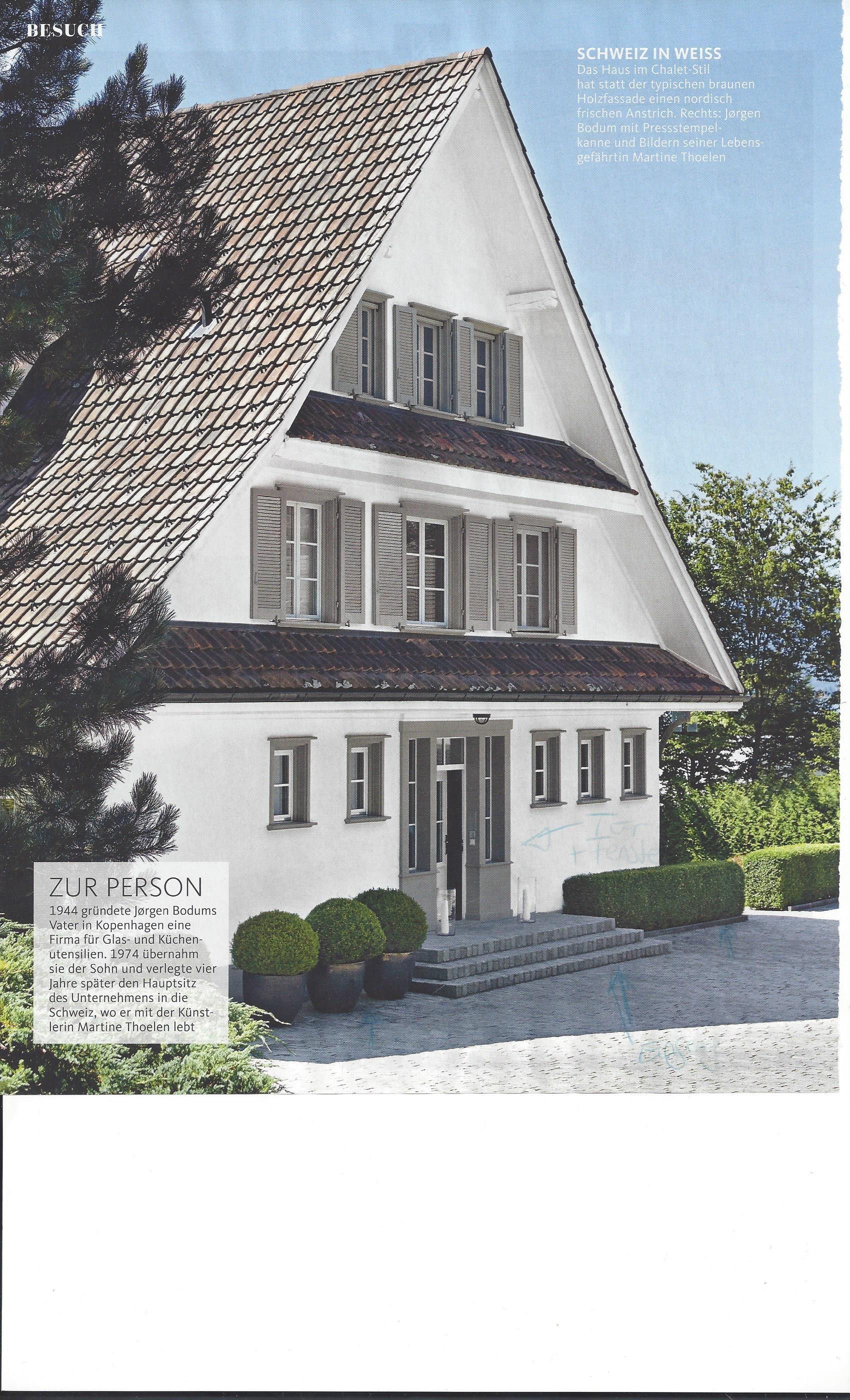 tolles Haus vom Bodum-Gründer sehr schöne Tür mit seitlichen Fenster ...