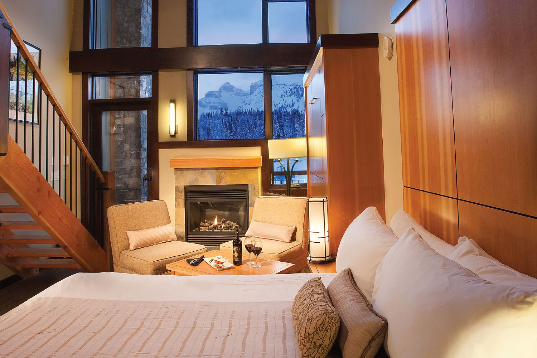 SUnshine Mountain Lodge on the ski hill Loft room is on
