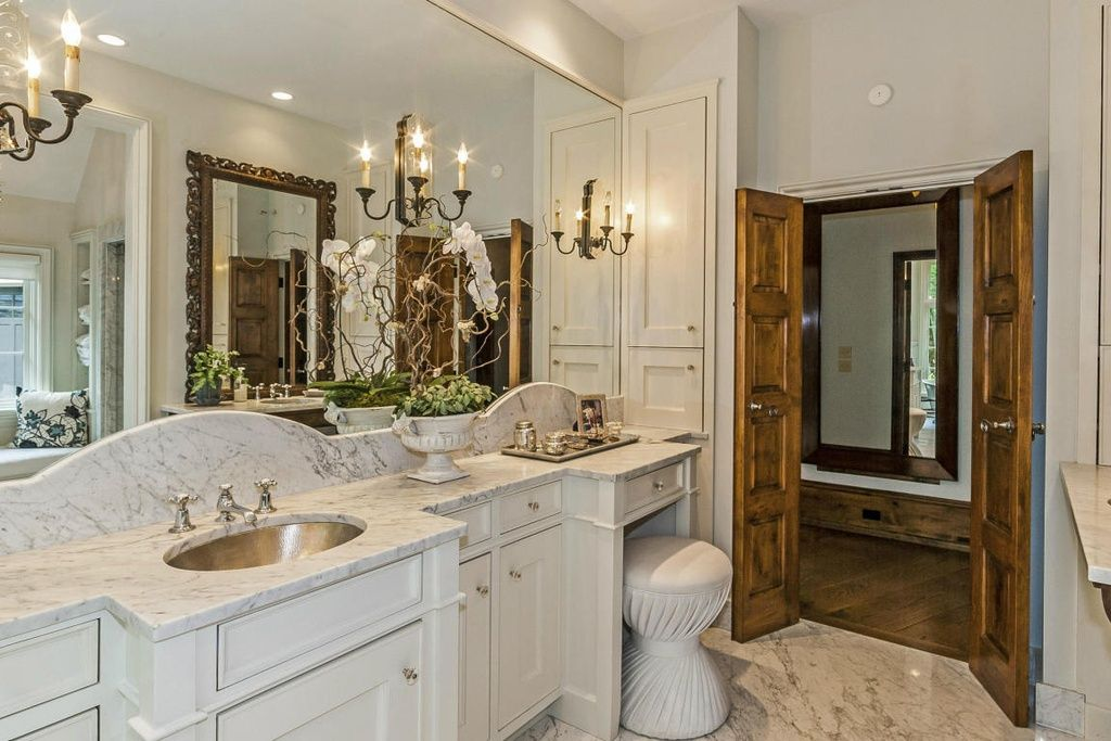 Osprey Point Ln Knoxville TN MLS Bath And - 10000 usd bathroom remodel