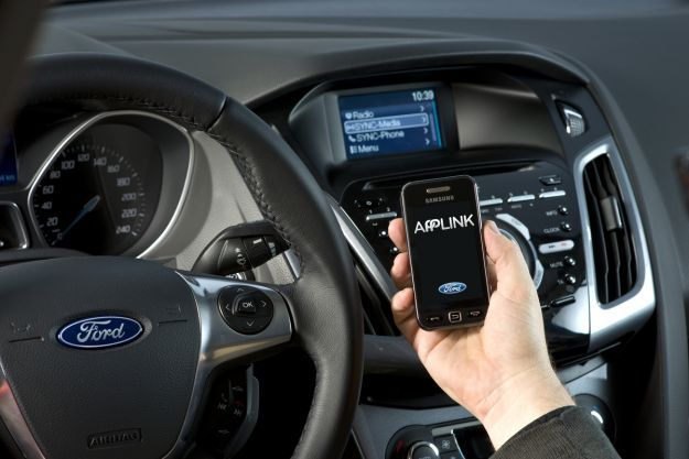 Ford Applink Allows Your Car To Interact With Apps On Your