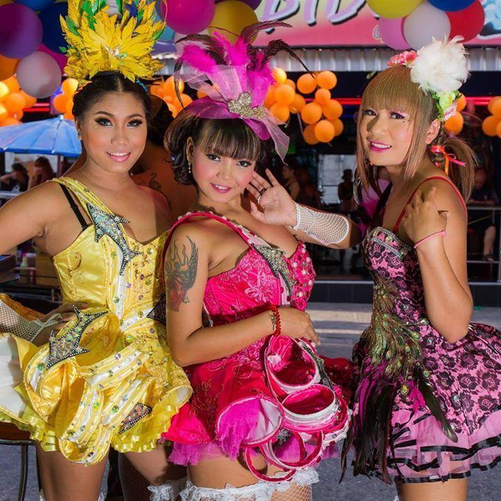 Lisa bar Soi 6 Pattaya