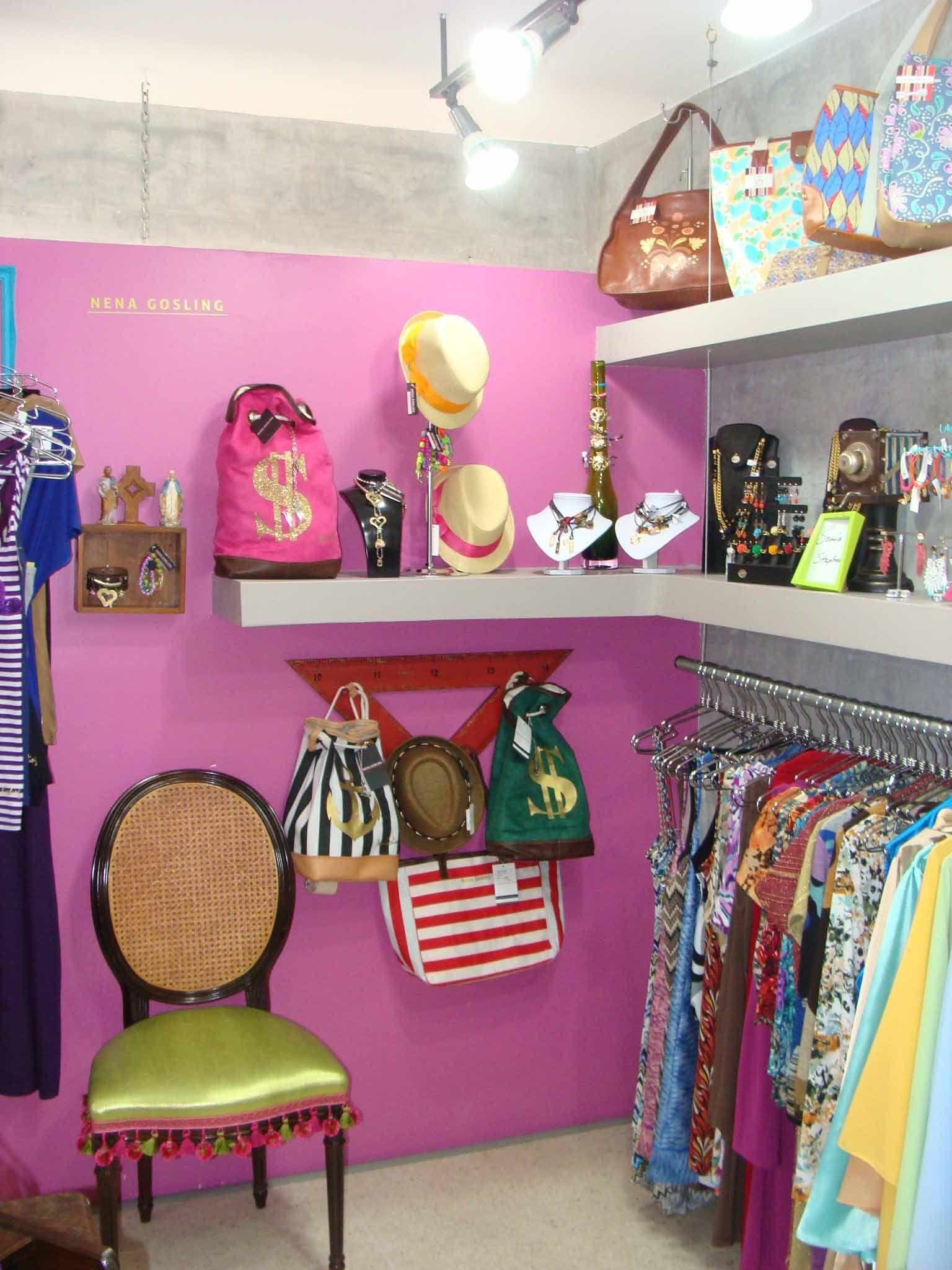Sugar tienda nuevo espacio para el dise o venezolano for Disenos de tiendas de ropa modernas
